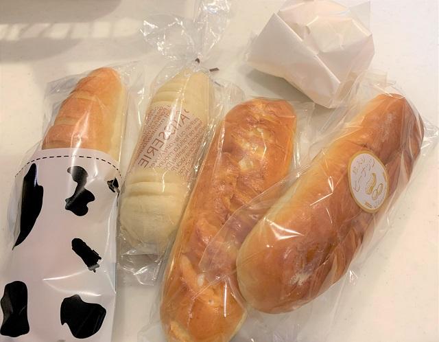 色んな練乳パン
