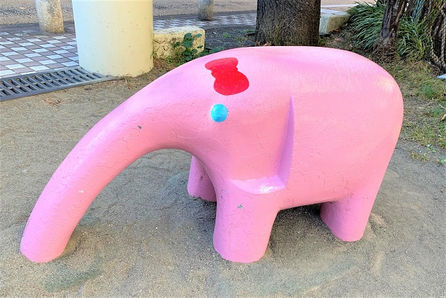 ピンクのぞう