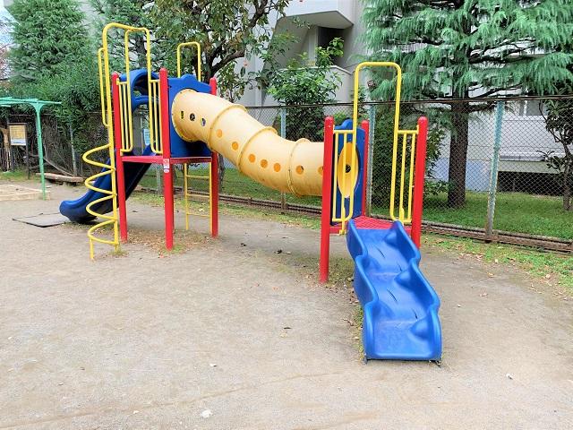 華園児童公園の遊具